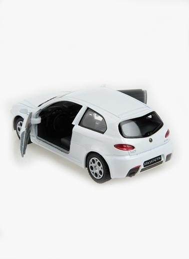 Alfa 147 GTA  1/32-Kinsmart